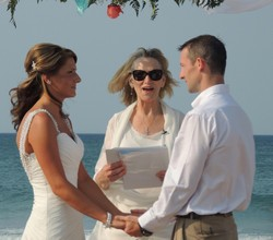 Outer-Banks-Wedding-Minister- Liz-Mike2