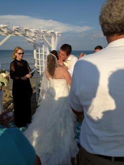 outer-banks-wedding-minister-amanda-tom_00002